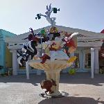 Looney Tunes Fountain