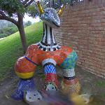 Animal sculpture by Niki de Saint Phalle (StreetView)