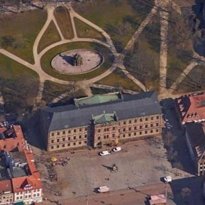 Erlangen Castle (Google Maps)