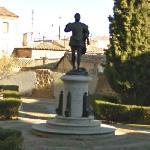Garcilaso de la Vega statue