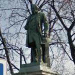 Miklós Ybl's statue