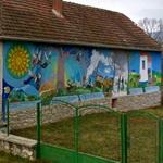"Gypsy murals in Bódvalenke ""Fresco Village"""