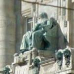 Franz Liszt's statue on the facade of the Academy of Music
