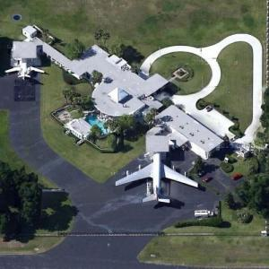 John Travolta & Kelly Preston's House (Google Maps)