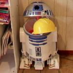 R2D2 eating a hard hat