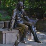 Hans Christian Andersen in Central Park (StreetView)