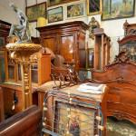 Antiques (StreetView)