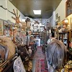 Hunter's Antiques & Objects D'art