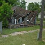 Crumbled house (StreetView)