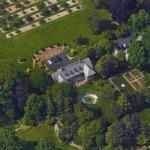 Applewood (Charles S. Mott Estate) (Google Maps)