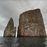 Kicker Rock (Roca León Dormido)