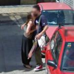 Couple kissing (StreetView)