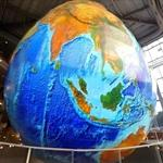 Eartha - the world's largest rotating globe