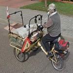 Cargo rickshaw trike