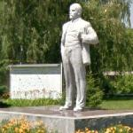 Statue of Lenin in Chernobyl (StreetView)