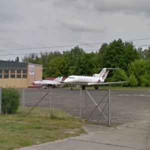 Aircraft exhibition at Military University of Technology in Warsaw (StreetView)