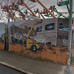 Construction site graffiti (StreetView)