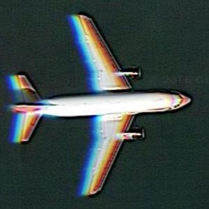 An airplane in flight (Google Maps)
