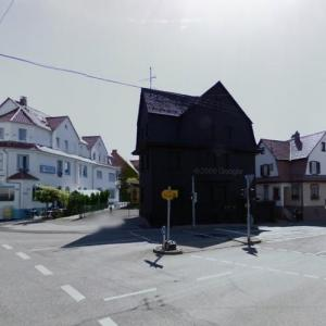 House in Black (StreetView)