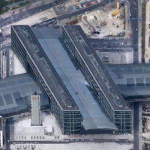 Berlin Central Station (Google Maps)