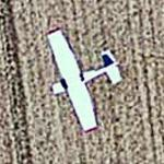 Airplane near Toussus-le-Noble airfield (Google Maps)