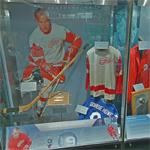 Gordie Howe display