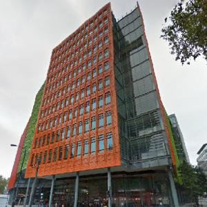 'Central Saint Giles' by Renzo Piano (StreetView)