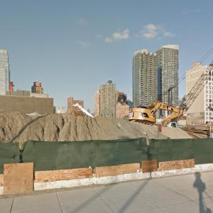 3 Hudson Boulevard under construction (StreetView)