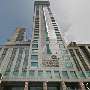 Crown Regency Hotel and Towers (StreetView)