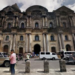 Basilica of Saint Martin of Tours (StreetView)