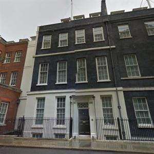 11 Downing Street (Residence of the Chancellor of the Exchequer) (StreetView)
