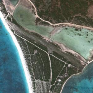 Coco Point Lodge Airstrip (Google Maps)