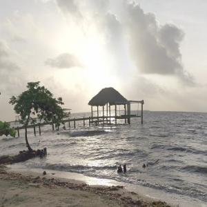 Belize sunrise (StreetView)
