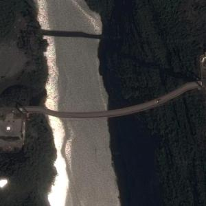 Beipan River Guanxing Highway Bridge (Google Maps)