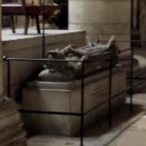 Effigy with the heart of King Richard I of England (StreetView)