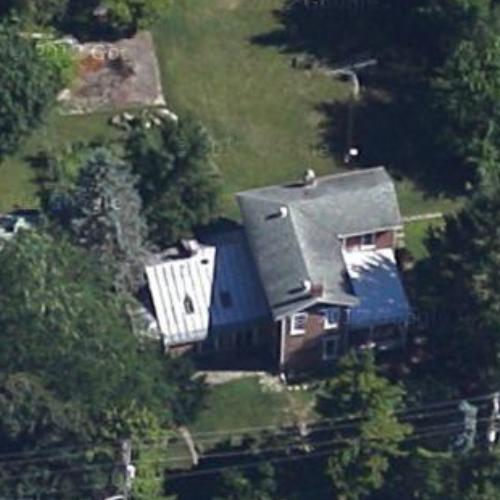 Dave chappelle 39 s house in yellow springs oh 3 for Building a home in ohio