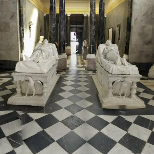 effigies of emperor friedrich iii and empress victoria in. Black Bedroom Furniture Sets. Home Design Ideas