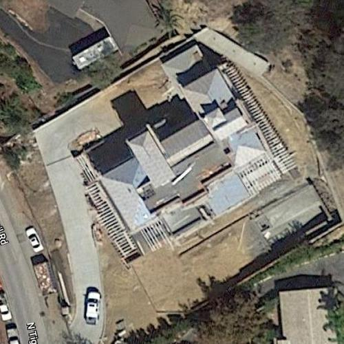 LeBron James's House in Los Angeles, CA (Google Maps)