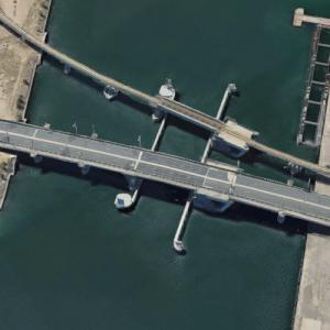 Tom 'Diver' Derrick Bridge (Google Maps)