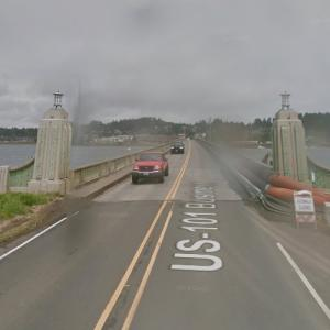Old Youngs Bay Bridge (StreetView)