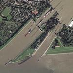 Entry locks to the Kiel-Canal (Google Maps)