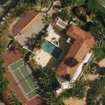 photo: house/residence of  16 million earning Los Angeles, California, USA-resident