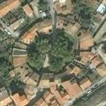 Built over remains of the Amphitheatre of Venafro (Google Maps)