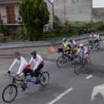 Bicycle race with tandems (StreetView)