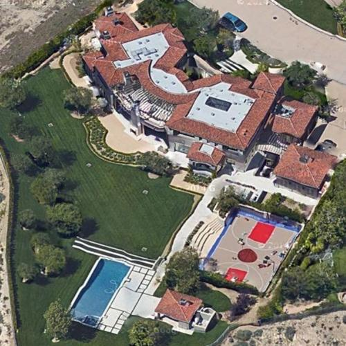 kourtney kardashian 39 s house in calabasas ca google maps On kardashian house calabasas map