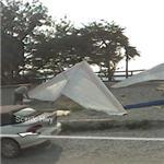 Preparing hang gliders for flight (StreetView)