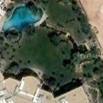 Prince Alwaleed's first palace. (Google Maps)