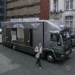 Bentley Transporter (StreetView)
