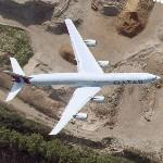 Airbus A340 in flight (Qatar Airways) (Google Maps)