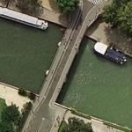 Pont de l'Archevéché (Google Maps)